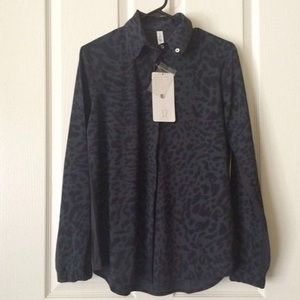 Lululemon Day Trip Blouse Animal Swirl Size 12